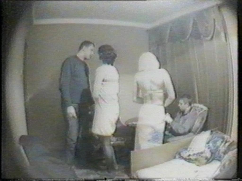Скрытые видеокамеры в московских общагах