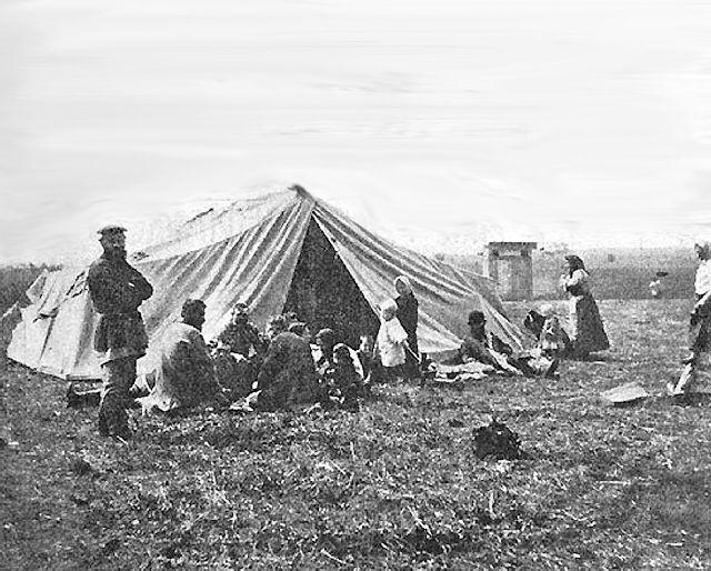 скользят, старые фото переселенцев на дальний восток снег