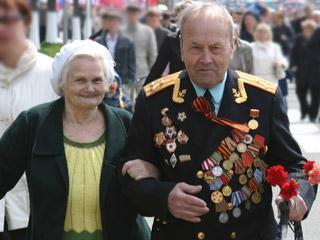 Делегация ветеранов Владивостока отправилась в Москву за священной землей с мест боёв