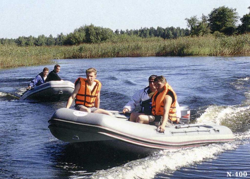 как правильно плавать на лодке
