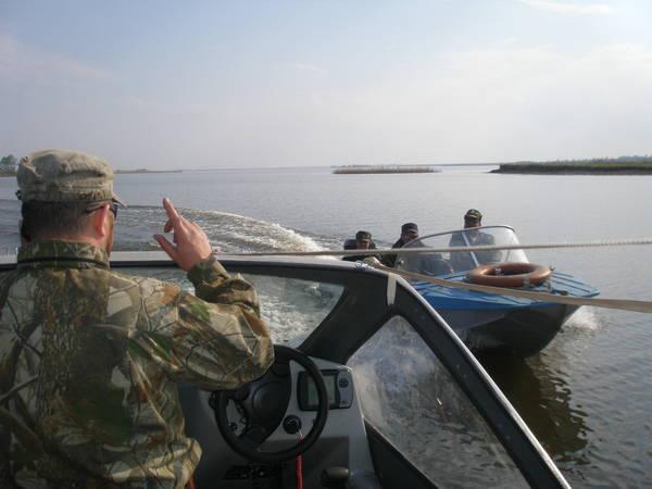 разрешено ли плавать на лодке во время нереста