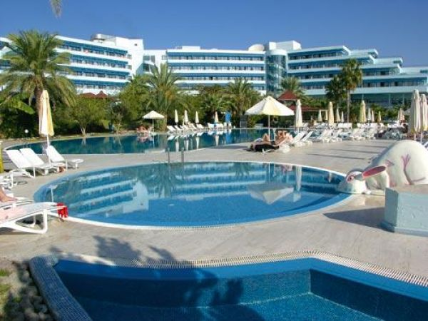Видео отеля crystal sunrise queen luxury resort  spa