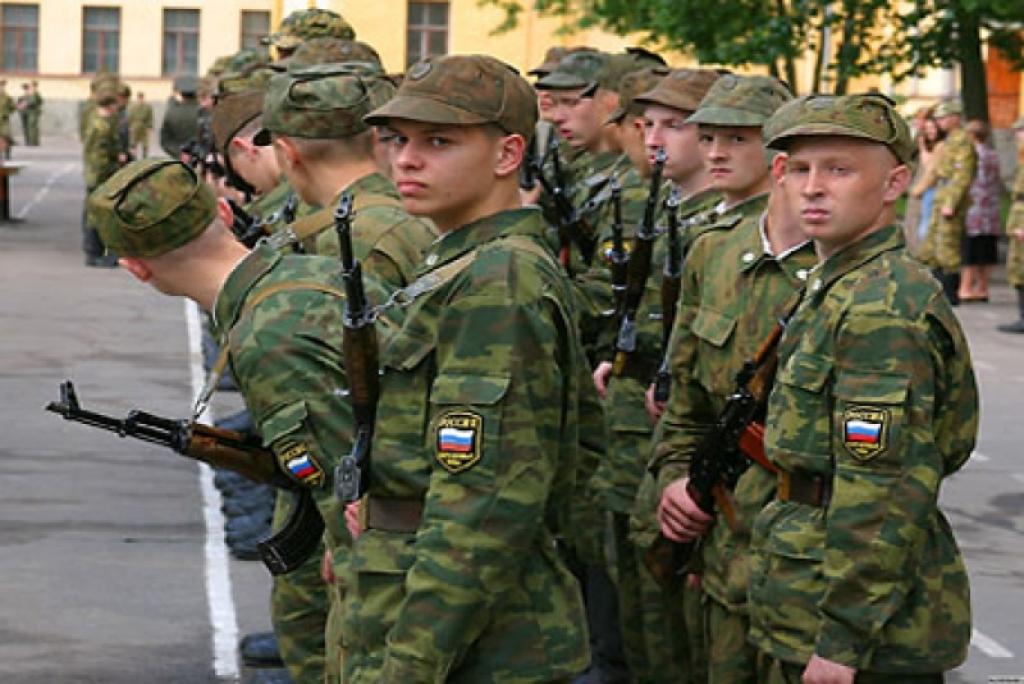 Судимых смолян призовут в армию