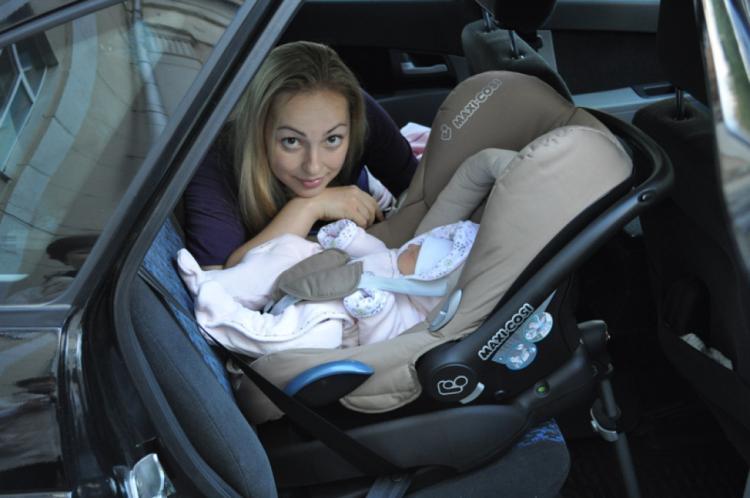 Можно ли сажать детей в автолюльку с рождения 40