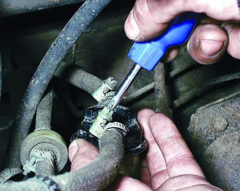 Фото №17 - замена фильтра топливного ВАЗ 2110 16 клапанов