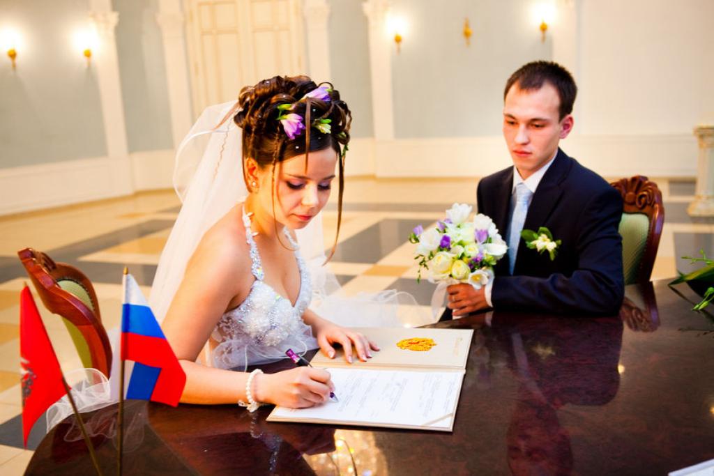 Беременность при регистрации брака