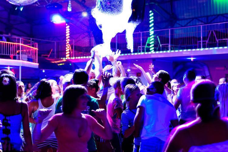 Фоторепортажи ночной клуб бюджетные ночные клубы