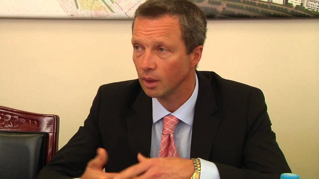 Ректора ДВФУ выпустили под залог в1 млн руб.
