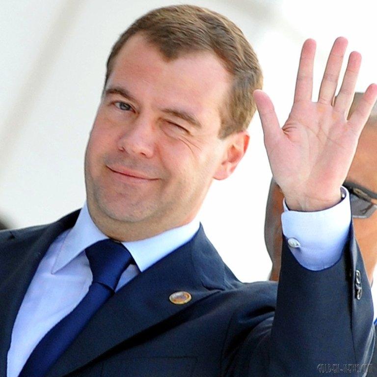 Д. Медведев объявил, что заработной платы учителей в Российской Федерации приличные