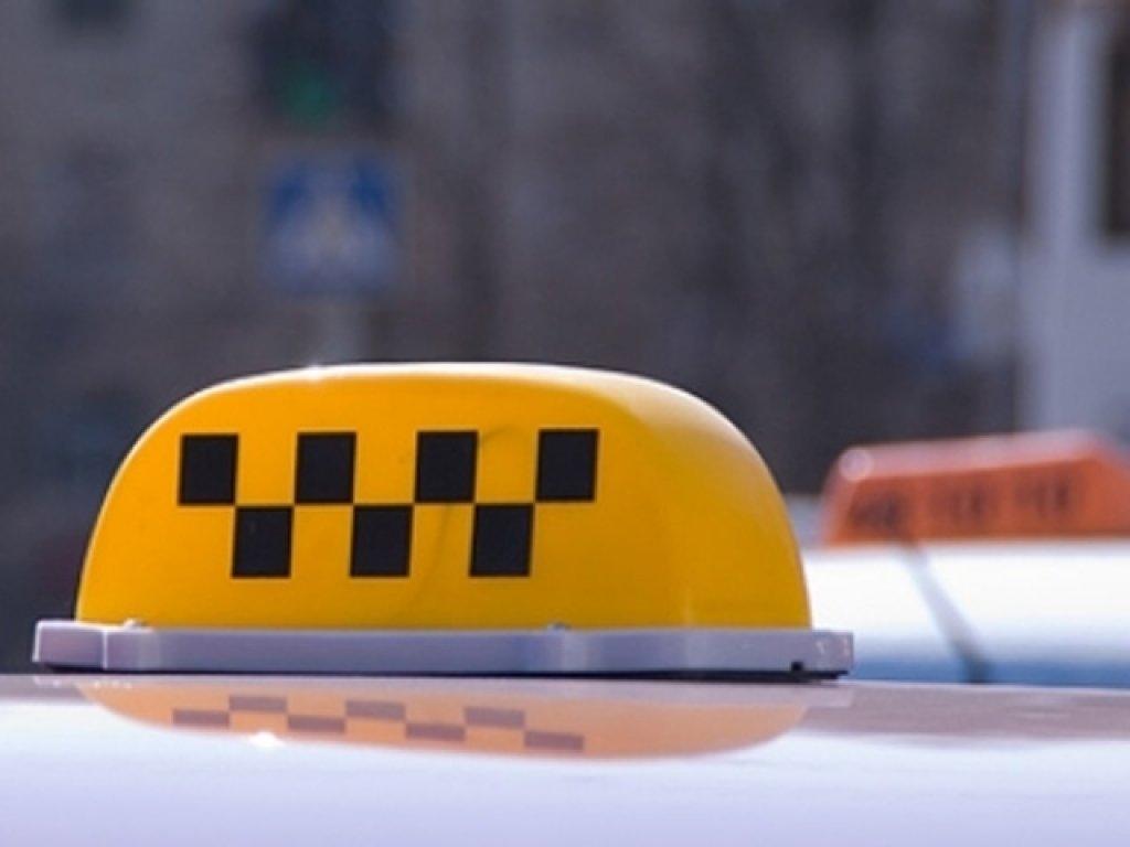Двое изХороля напали навладивостокского таксиста
