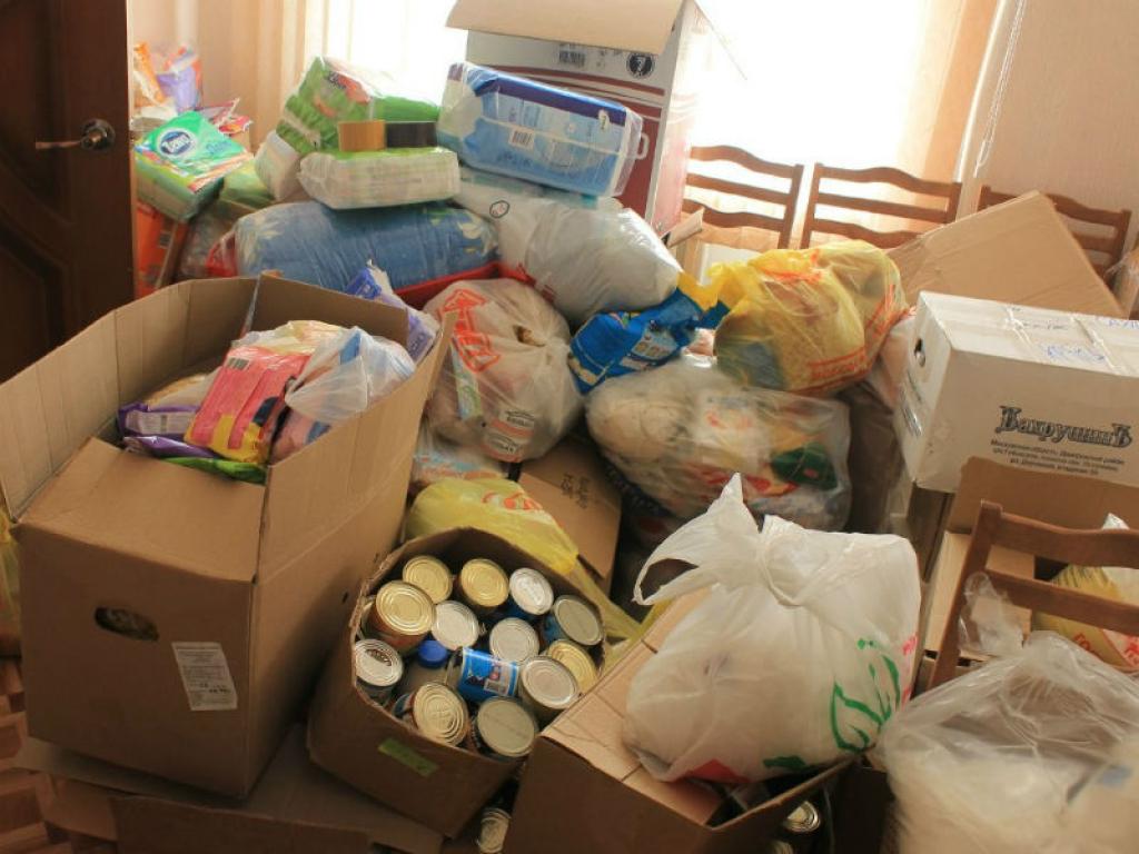Морпехи доставят гуманитарный груз для пострадавших оттайфуна вПриморье