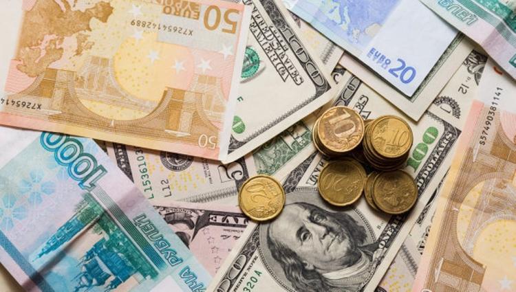 высокий курс доллара во владивостоке цена душевую