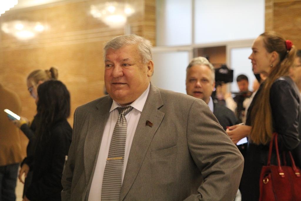 ВПриморском крае народные избранники поссорились из-за зарплаты