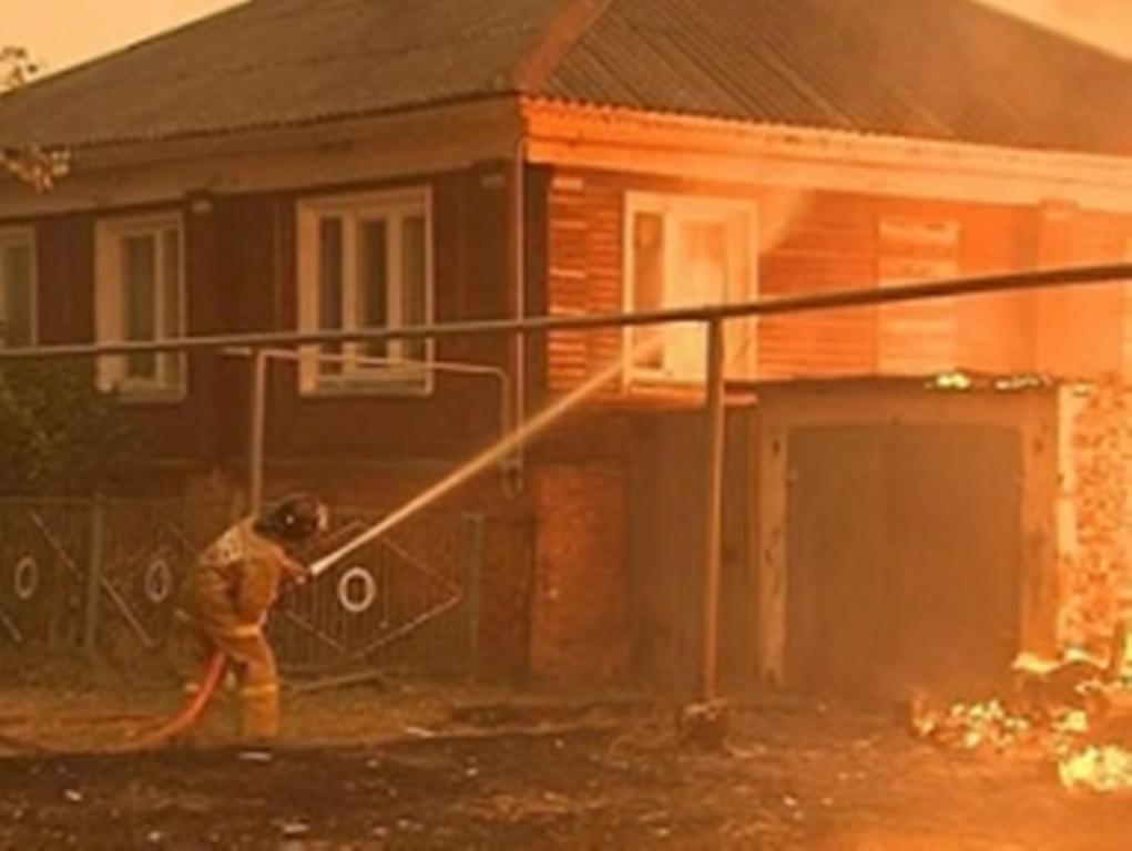 ВоВладивостоке брандмейстеры спасли напожаре 47 человек