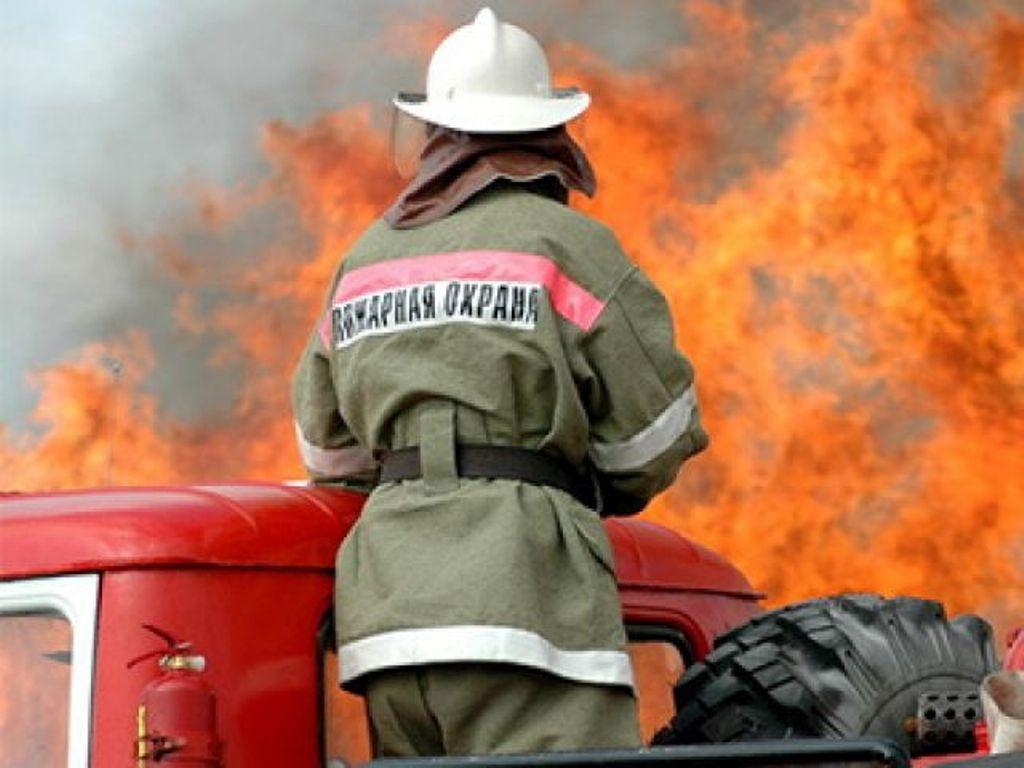 Наулице Добровольского автомобилист сгорел всобственной машине