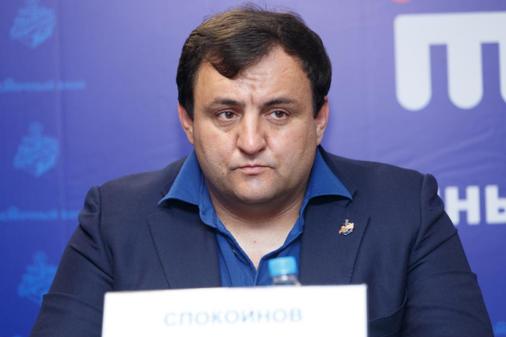 Генеральный руководитель хоккейного клуба «Адмирал» схвачен силовиками