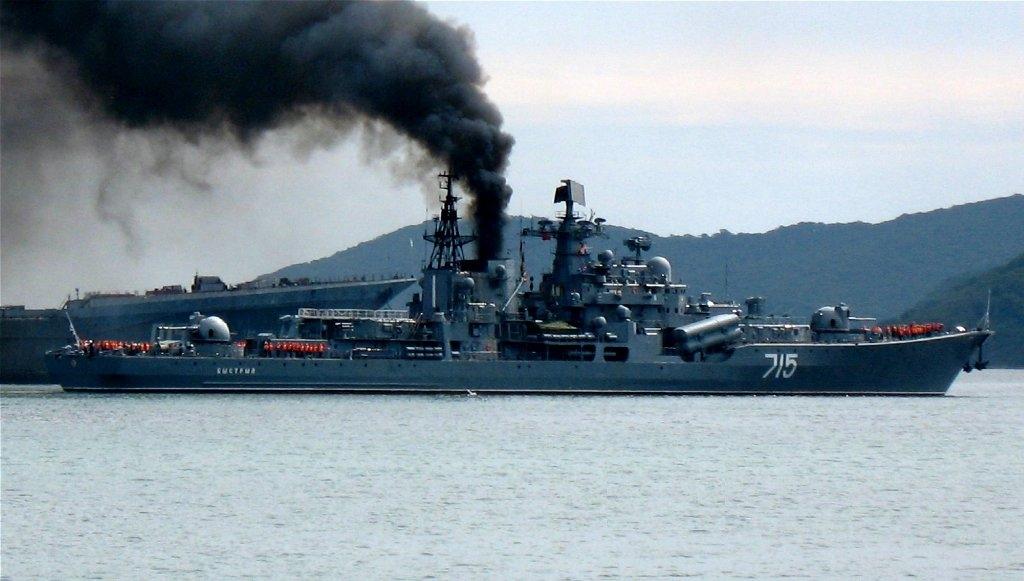 Русский корабль проведет стрельбы изкомплекса «Калибр» вКаспийском море