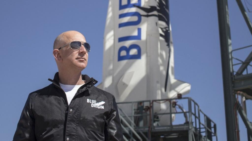 Руководитель Amazon планирует доставлять товары наЛуну