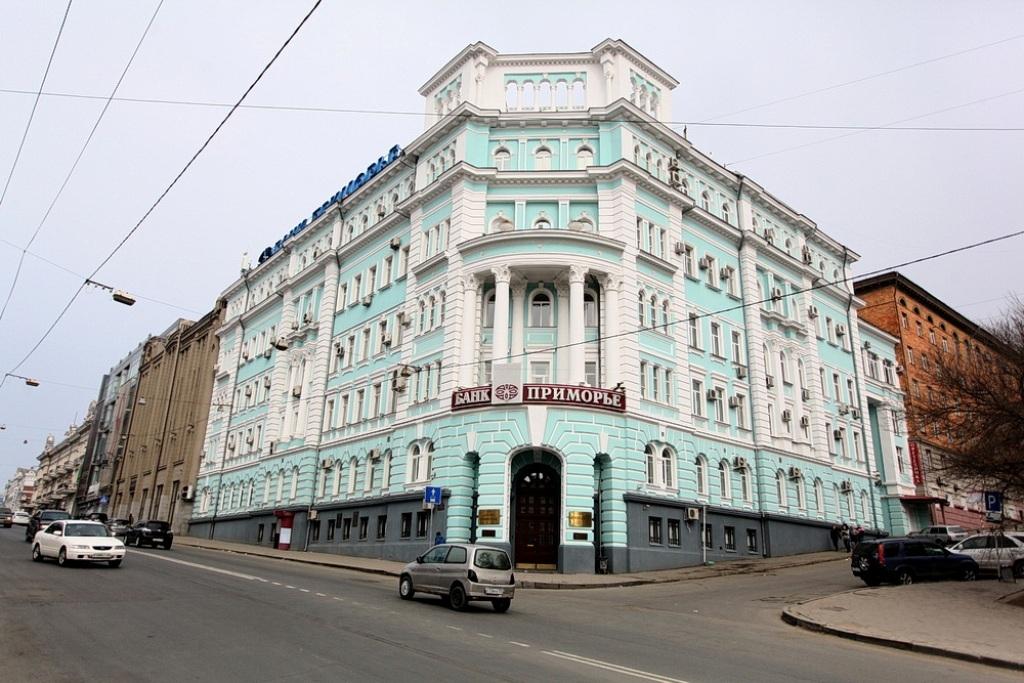 Силовики провели операцию вголовном офисе банка «Приморье» воВладивостоке