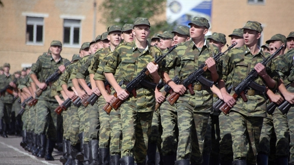 С1апреля в Российской Федерации начнется военный призыв