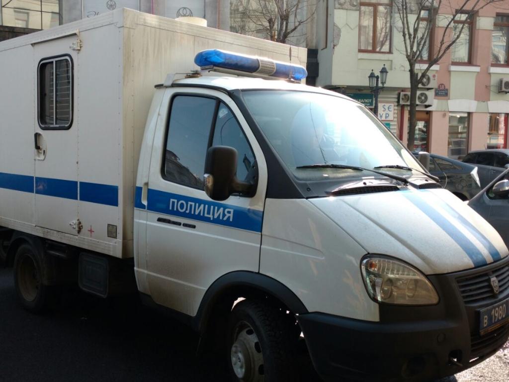 ВоВладивостоке телефонный террорист проинформировал о бомбе нарынке наКрыгина