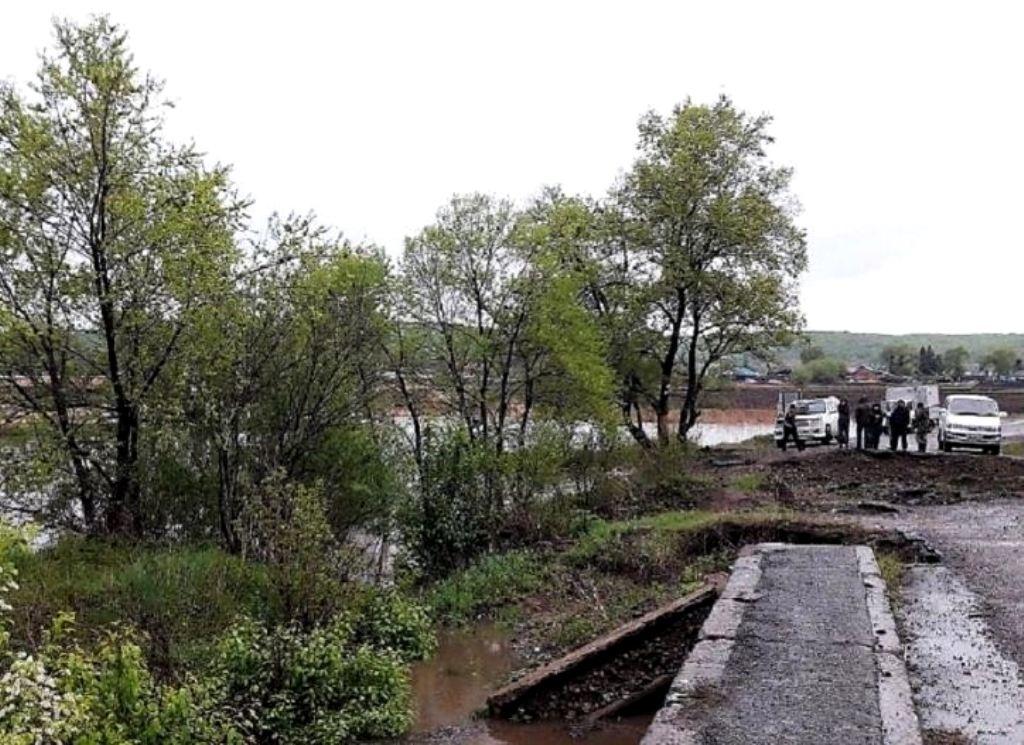 Некоторое количество дней  потребуется навосстановление временного моста около  Кроуновки вПриморье