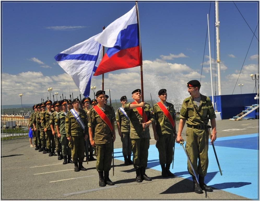 Китайский корвет держит курс наВладивосток