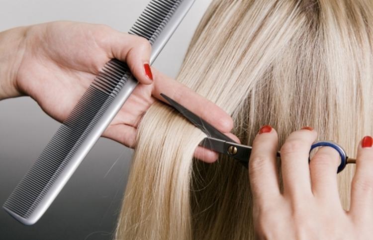 Можно ли 19 августа стричь волосы