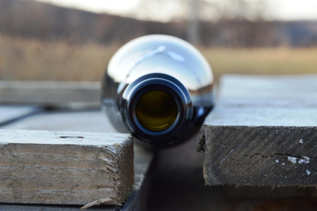 Гражданин Уссурийска может отправиться вколонию на10 лет заудар бутылкой