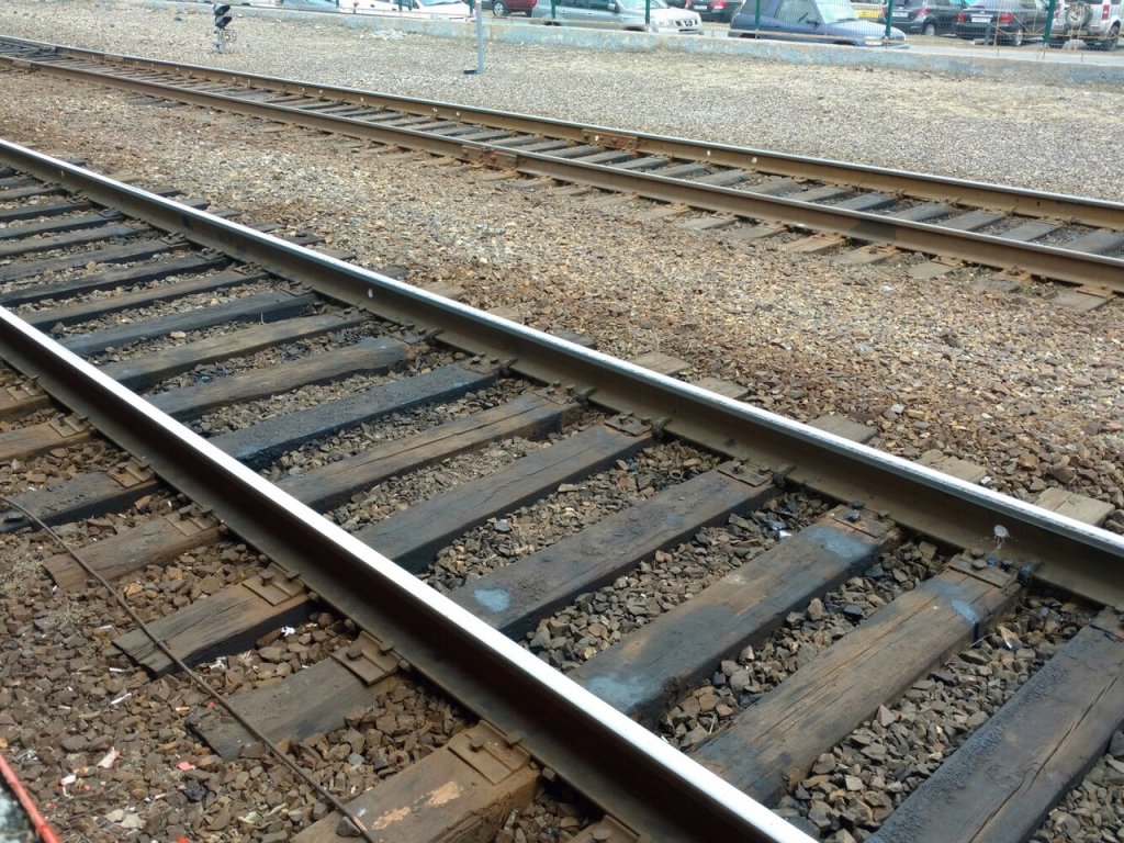 ВоВладивостоке школьница угодила под поезд ивыжила