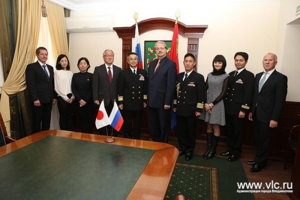 ВоВладивостоке находится делегация морских сил самообороны Японии