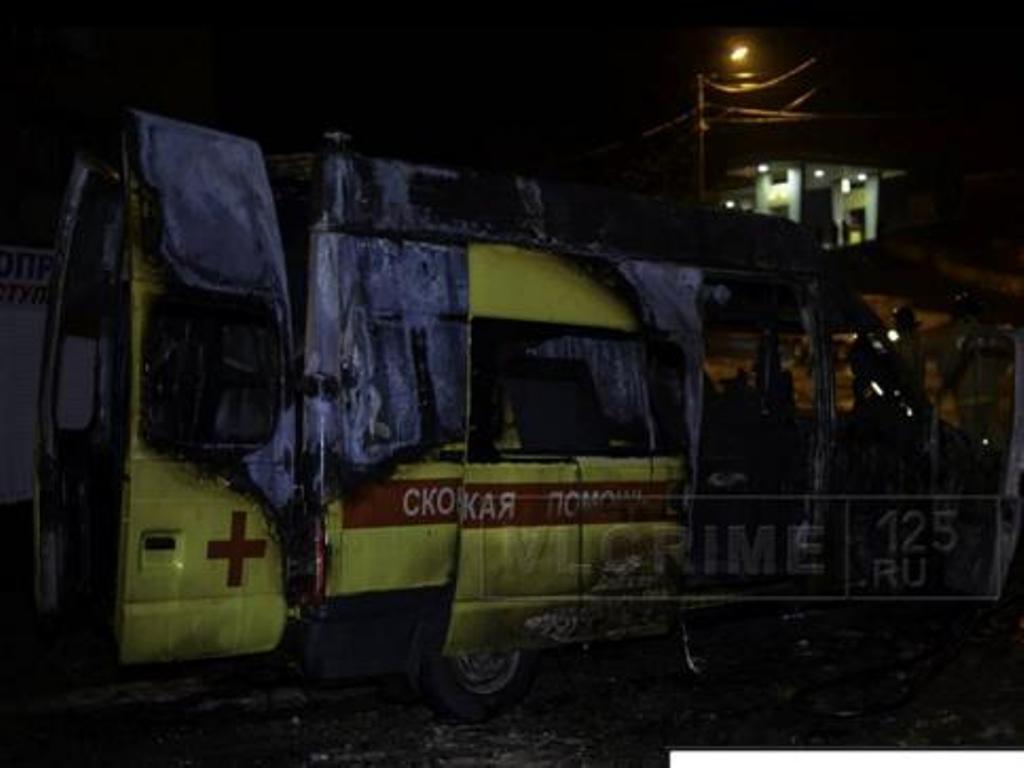 Пьяная девушка наCrown уничтожила «Скорую помощь» воВладивостоке