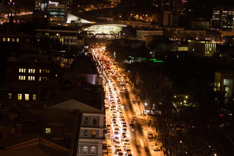 Генпрокуратура начала проверку ГИБДД ивластей Владивостока после транспортного коллапса из-за снегопада