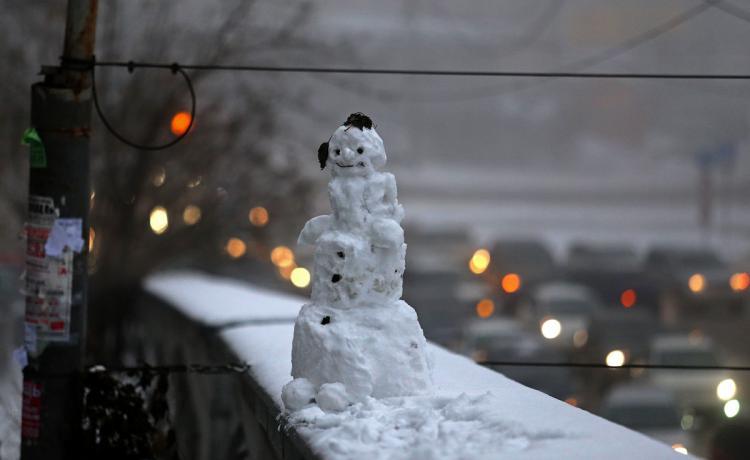 Сильный снегопад иметель ожидаются вновогоднюю ночь воВладивостоке- Кубай