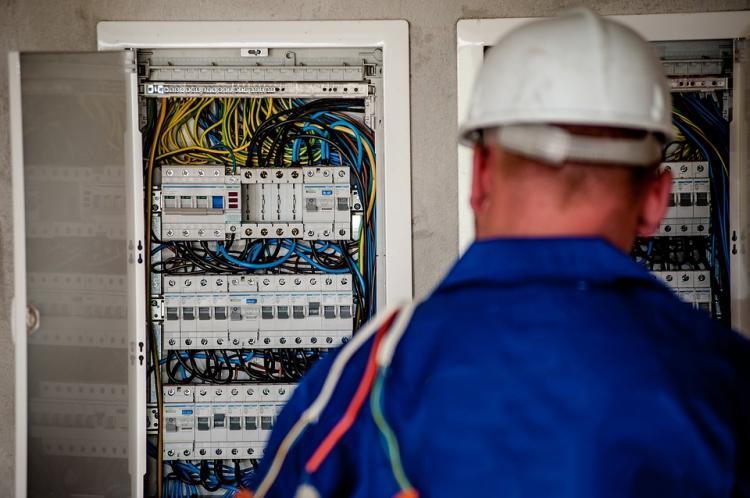 Арсеньев электрики электросети