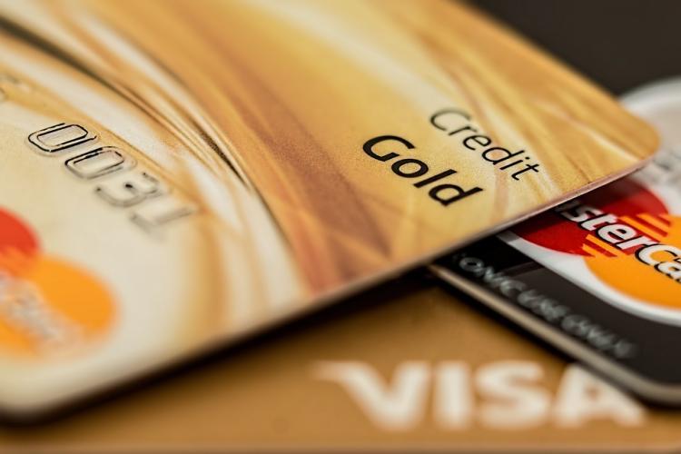Граждане Татарстана оформили неменее 168 000 кредитных карт в предыдущем 2017г
