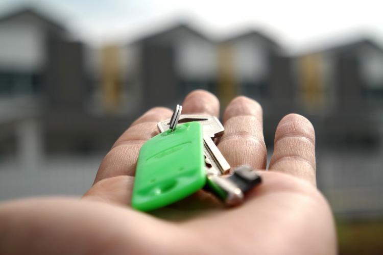 Молодым россиянам посоветовали ипотеку без первоначального взноса