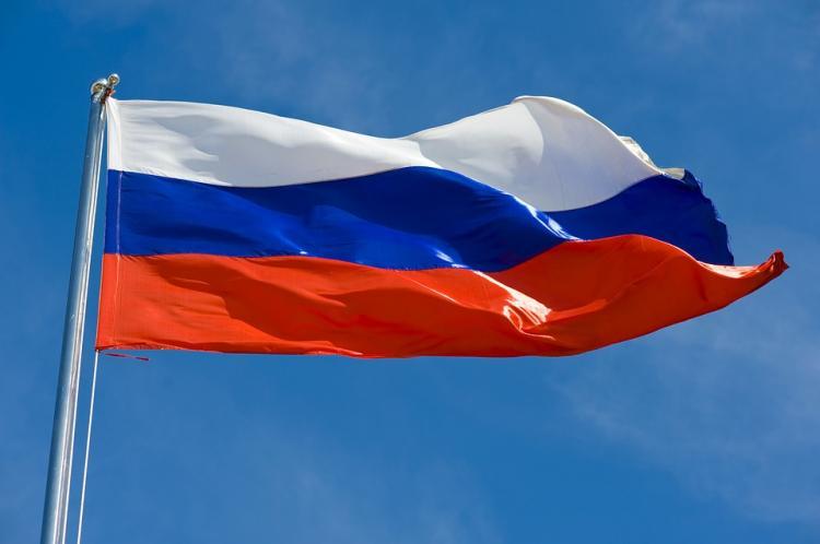 ВПриморье тысячи людей вышли намитинг вподдержку русских спортсменов