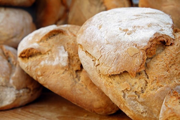 Роспотребнадзор забраковал шесть тонн хлеба— «Больной» инепропеченный