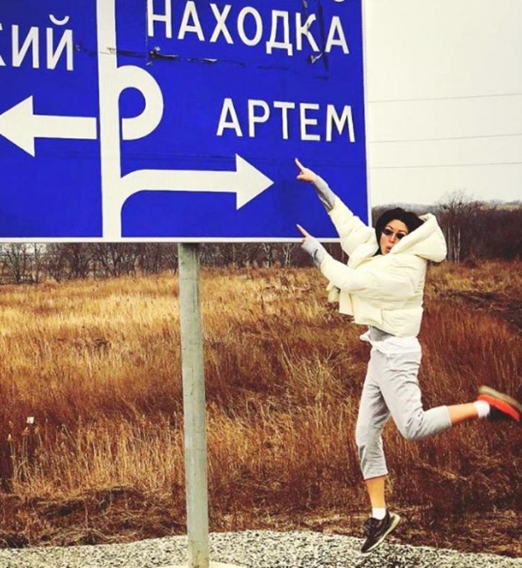 Наблюдателей эвакуировали иззала вовремя концерта Иры Дубцовой вНаходке