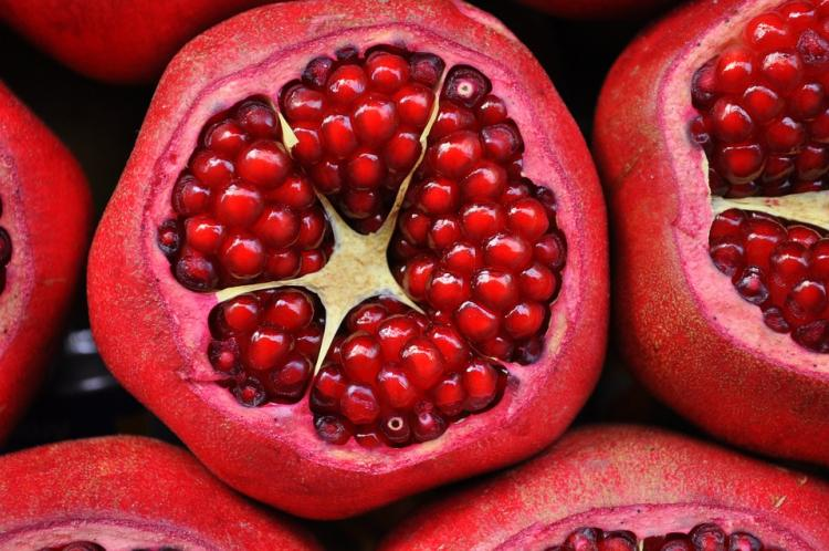 pomegranate-3383814_960_720.jpg