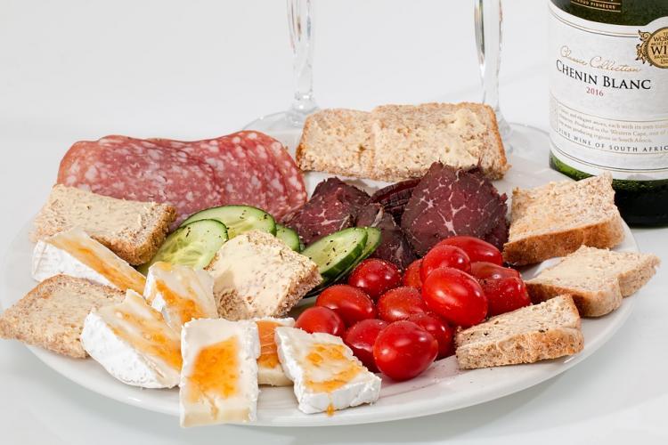 food-platter-2175326_960_720.jpg