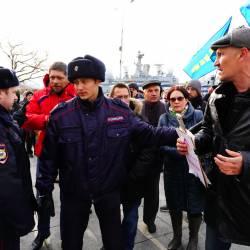Около 150 человек пришли поддержать возвращение льгот для жителей Дальнего Востока #18