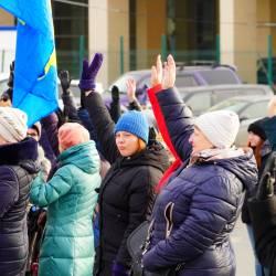 Около 150 человек пришли поддержать возвращение льгот для жителей Дальнего Востока #28