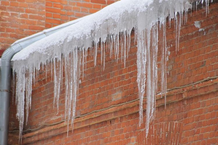 icicles-4042657_960_720.jpg