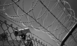 barbed-wire-1670222_960_720.jpg